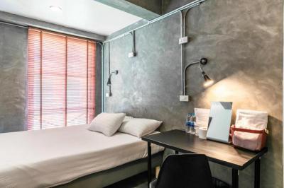 โรงแรม 1450000 กรุงเทพมหานคร เขตบางรัก สีลม